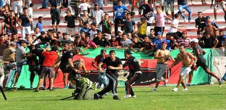 صورة توقيف 444 مشجعاً في الجزائر بسبب أعمال الشغب