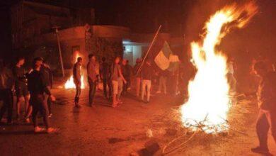 صورة بالصور.. إضراب وأعمال شغب في تونس بعد تعليق نشاط هلال الشابة