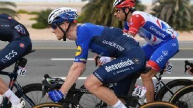 صورة الايرلندي سام بينيت بطل المرحلة الرابعة من طواف الإمارات