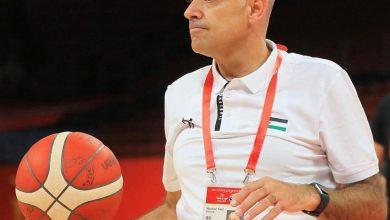 صورة مدرب السلة يغادر الحجر الصحي !!