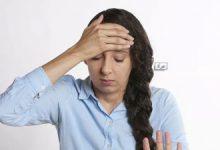صورة بينها تعرق الجبين… 5 أعراض تظهر على وجهك تدل على إصابتك بهذه الأمراض