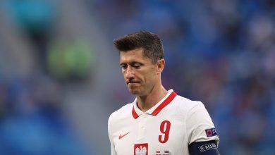 صورة ليفاندوفسكي يواجه خيبة أمل جديدة مع بولندا