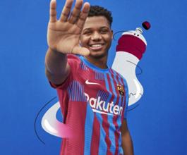 صورة بعد كل التسريبات .. برشلونة يكشف عن قميصه للموسم الجديد