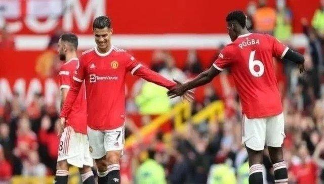 هل-يلعب-رونالدو-دوراً-في-بقاء-بوجبا-في-مانشستر-يونايتد؟